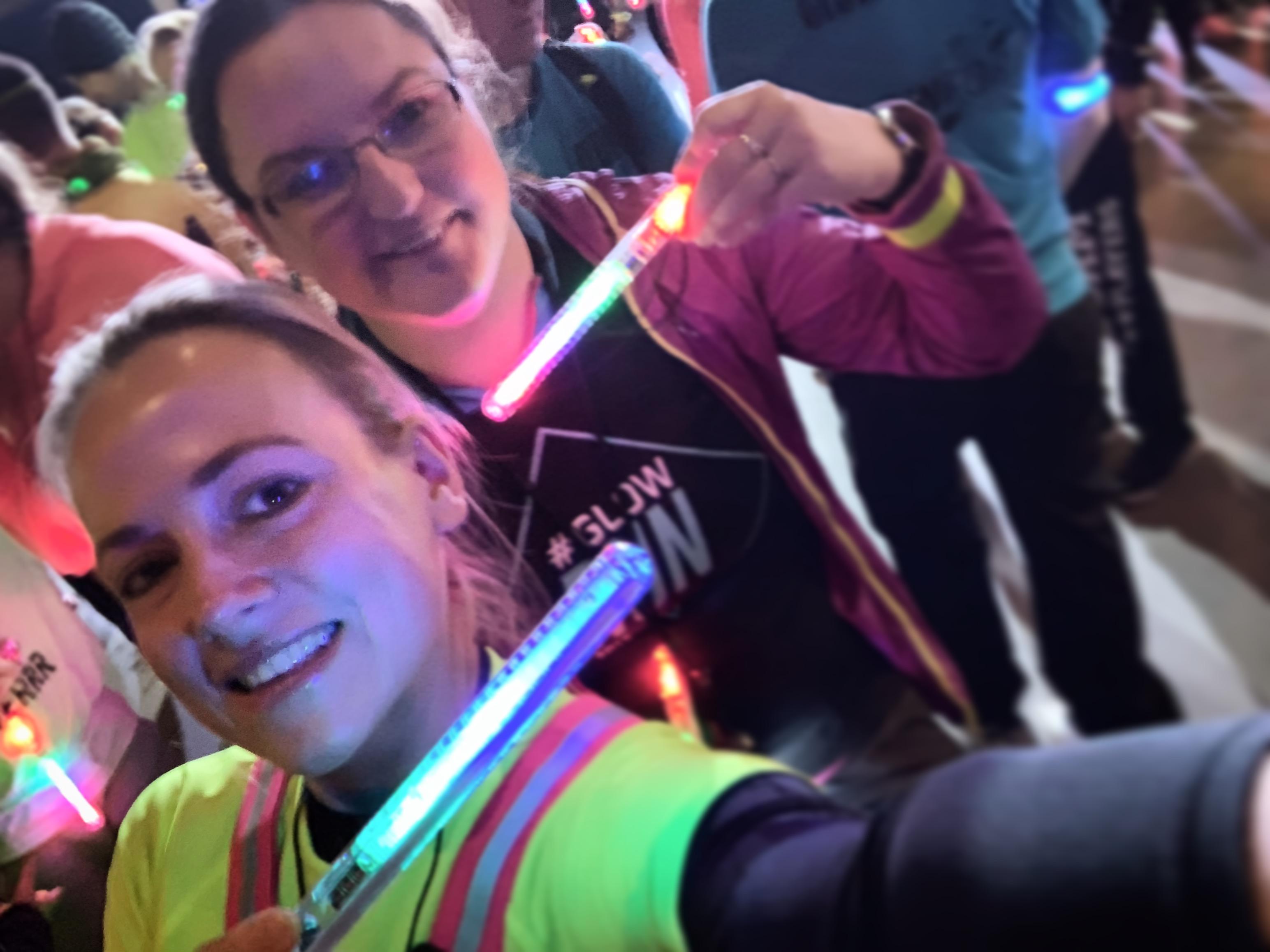 Selfie met Petra aan de start van de GLOW Run 2018 in Eindhoven